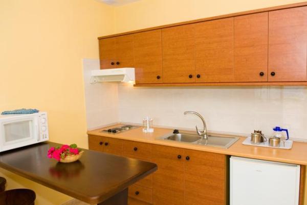 141779-santa-rosa-apartments