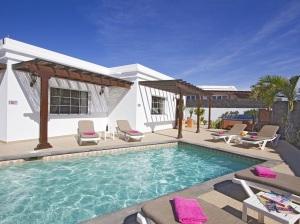 3 Bedroom Villa Ref.3a